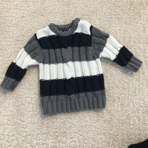 6/9 Months sweater children place